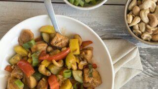 Keto Spicy Cashew Chicken Stir Fry