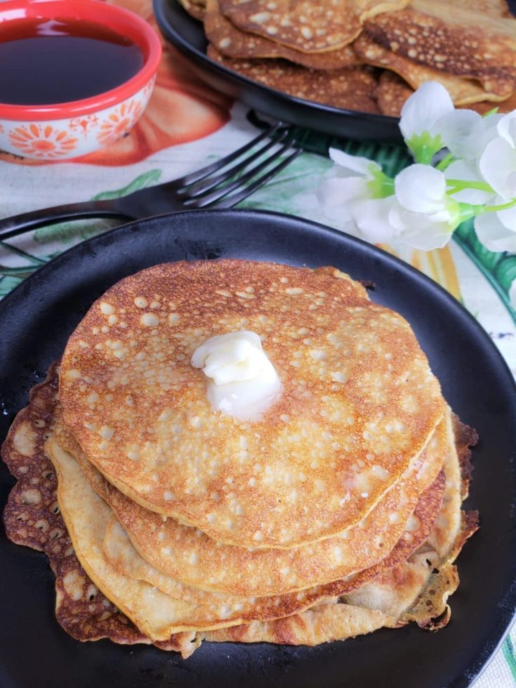 Low Carb Pumpkin Cheesecake Pancakes