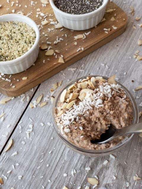 "Peanut Butter and Chocolate Overnight ""Oats"" { Low Carb 