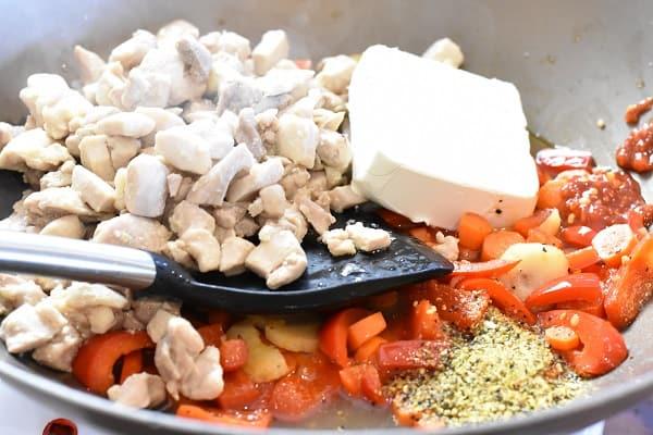 Keto Chicken Stir Fry
