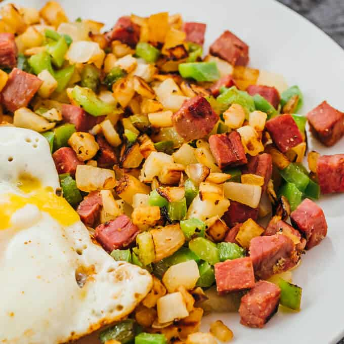 Keto Breakfast Hash With Corned Beef