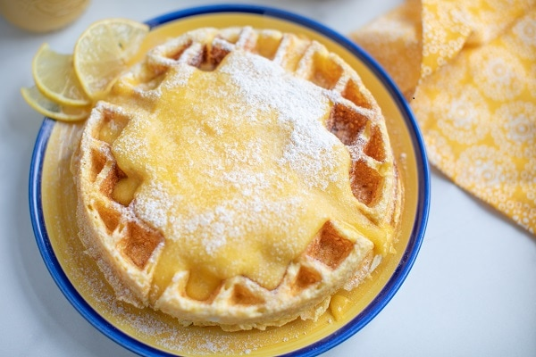 Cream Cheese Chaffle with Lemon Curd